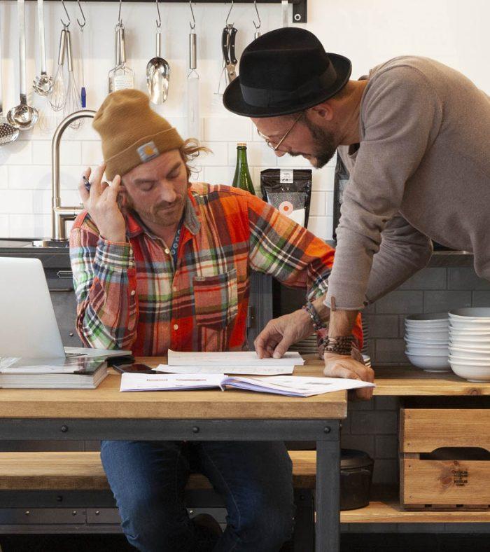 Küchenberatungsgespräch im Authentic Kitchen Showroom