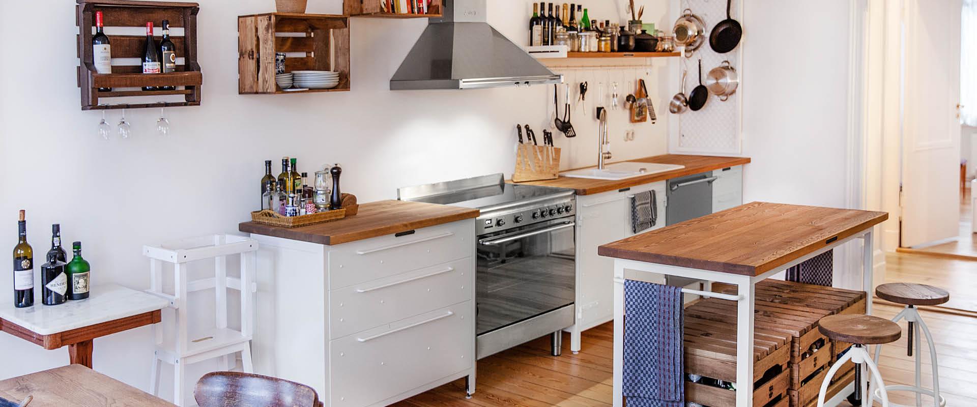 Authentic Kitchen in Altbauwohnung